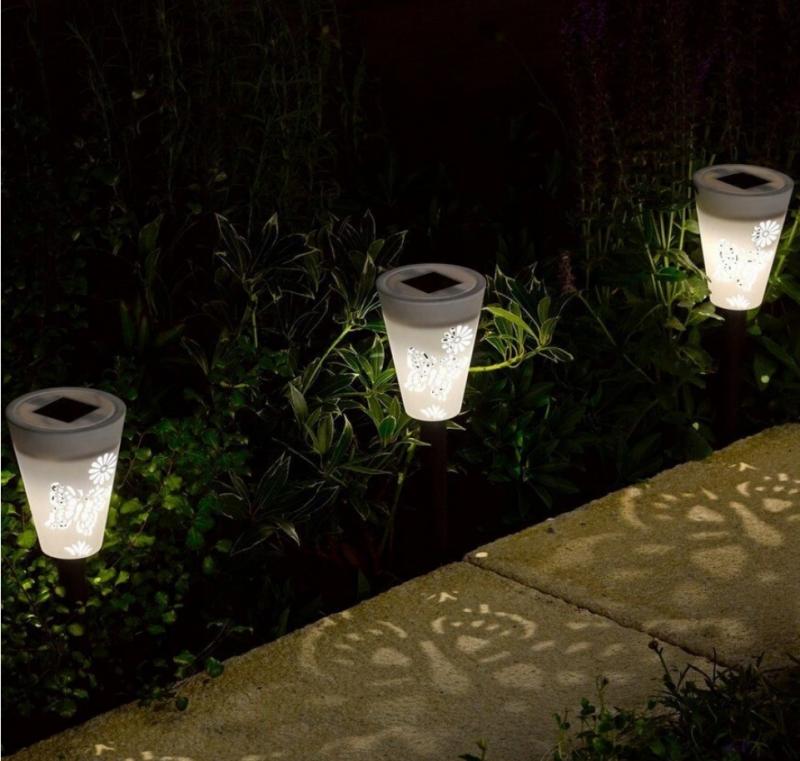 screenshot 2021 05 10 lampa ogrodowa solarna led biaLa wzOr kolory 26cm5